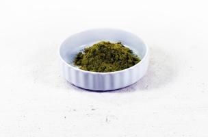 Als Räuchermittel funktionieren die Olivenblätter am Besten im gemahlenem Zustand